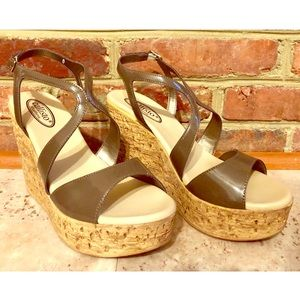 NWB- Callisto California Sandals